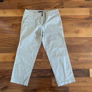 Tommy Hilfiger khaki Capri pants - size 4